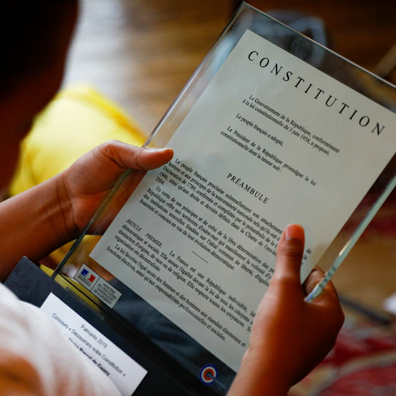 Événements: Salon du livre juridique, beau-livre, concours Découvrons notre Constitution