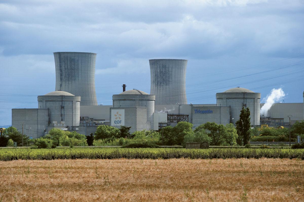 EDF dispose d'un monopole de production de l'électricité nucléaire en France.