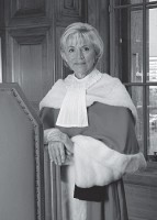 Photo 2 :Beverley McLachlin, Juge en chef du Canada