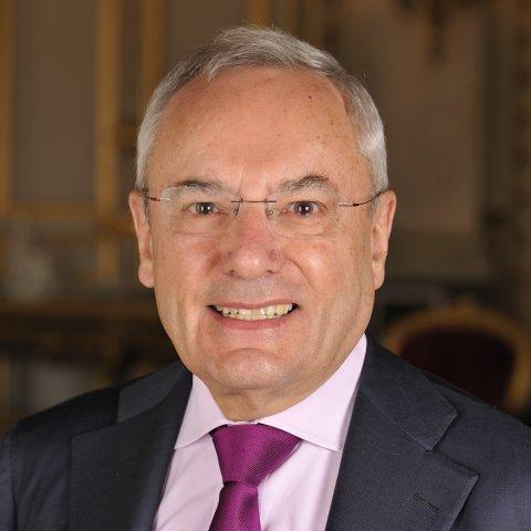 Portrait de M. Jacques Barrot