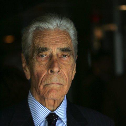 Portrait de M. Yves Guéna