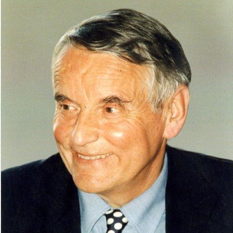 Portrait de M. Alain Lancelot
