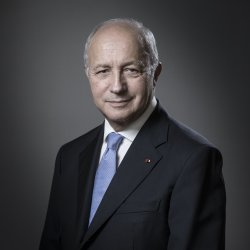 Portrait de M. Laurent FABIUS
